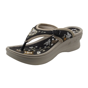 Platform: 5830W Brown (Size: Women 4-8)